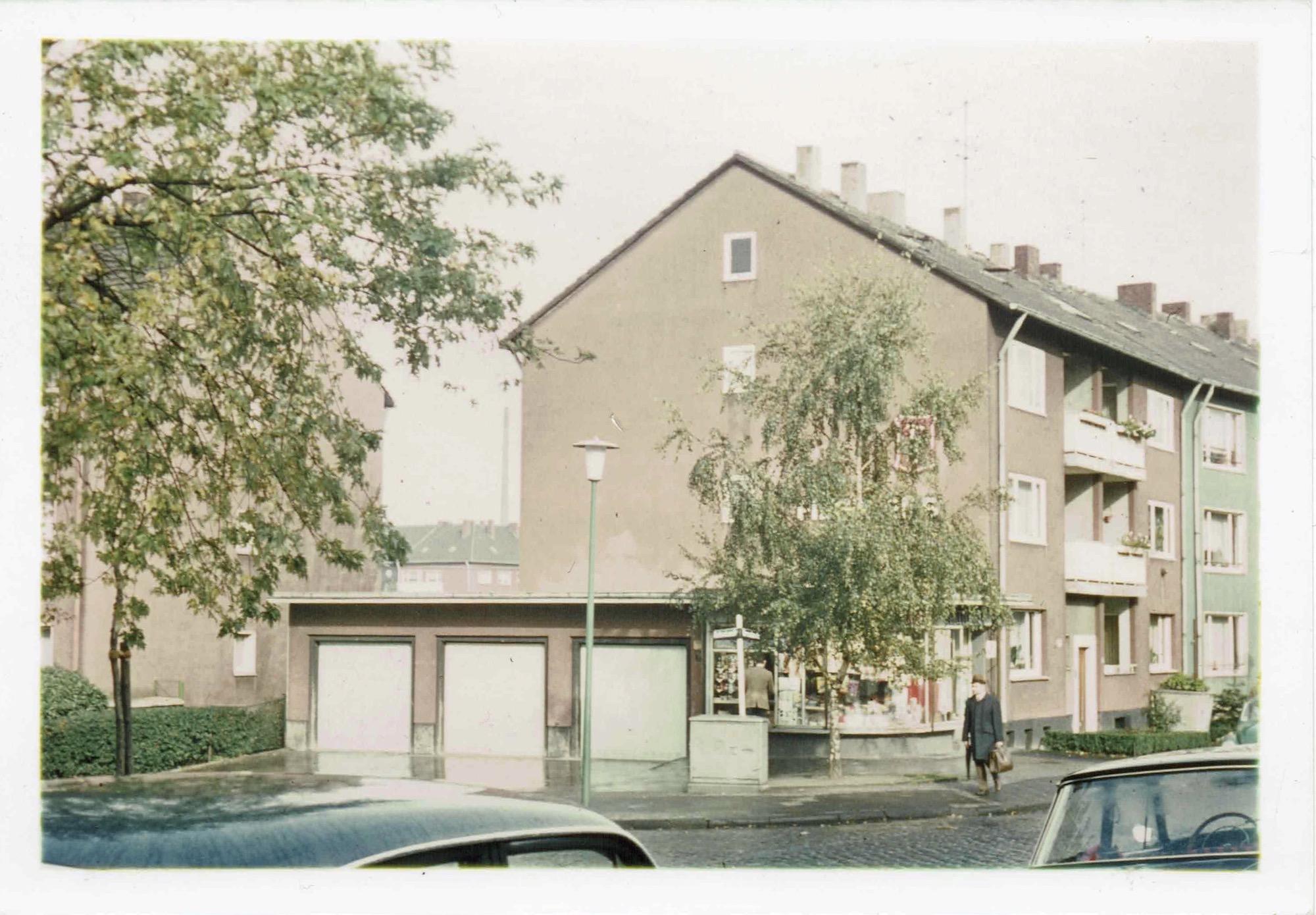 Bild eines Kiosk in Bochum. Ca. 80er Jahre.